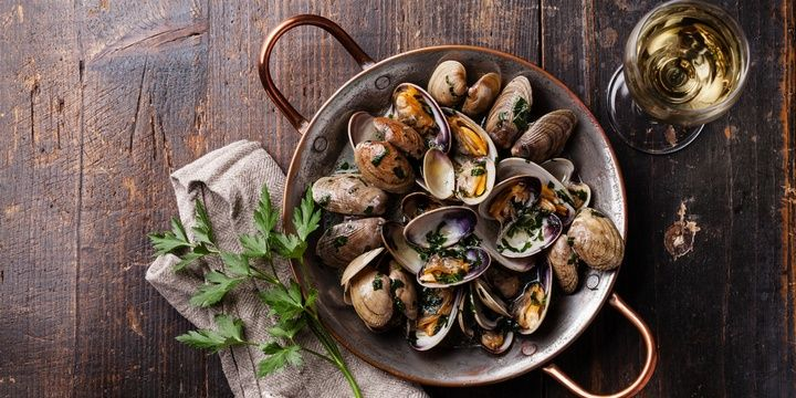 10 Healthiest Products for Each Decade Shellfish
