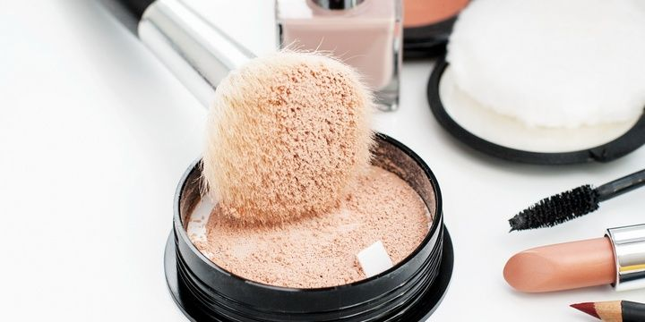 11 Makeup Secrets for Every Mature Woman to Use Refrain from using powder