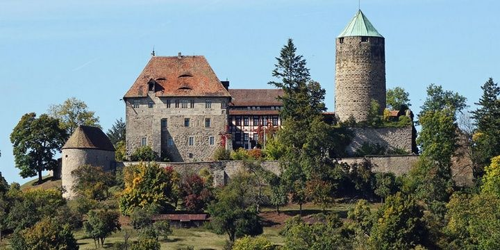 5 Gorgeous Castle Hotels for Your Next Vacation Burg Colmberg Colmberg Germany