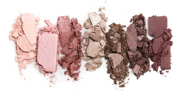 A palette of nude eye shadow