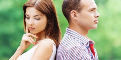 6 Obvious Signs Your Marriage Has Faced Serious Obstacles